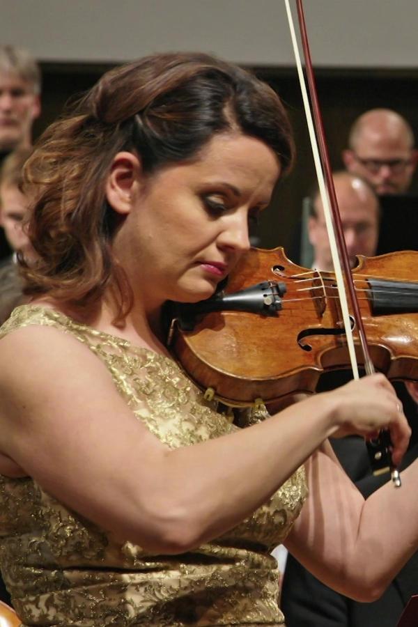 V symfonia Czajkowskiego i I koncert skrzypcowy Szostakowicza