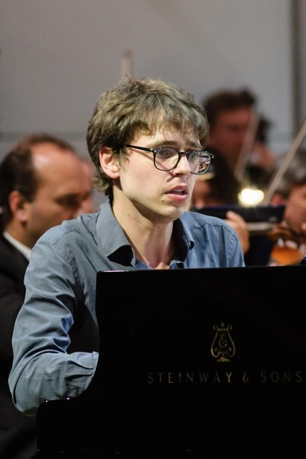 Pletnev dyryguje Bizet i Ravela